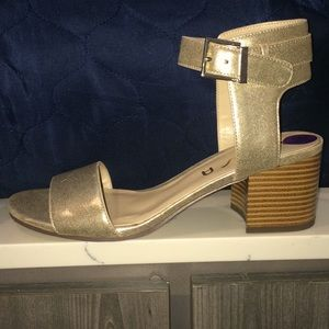 Gold Unisa Block Heel Sandal; 8.5m